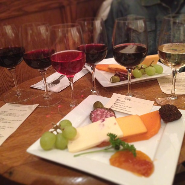 Tips for Flawless Wine and Cheese Pairings